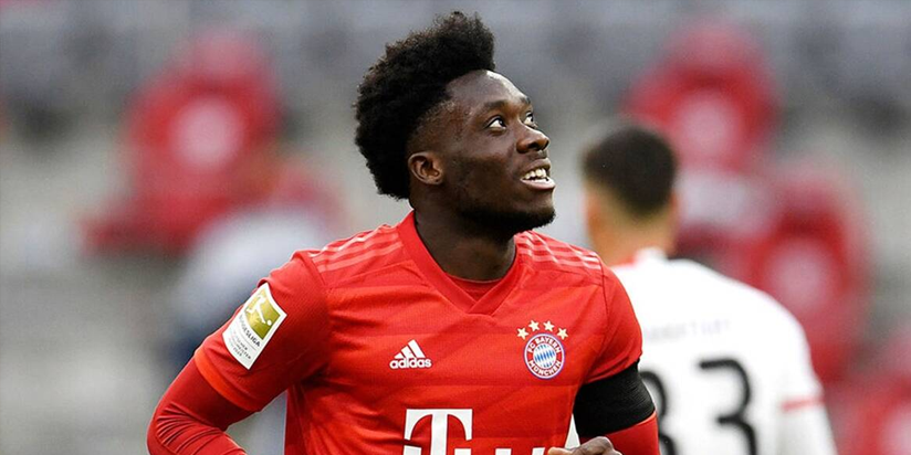Bayern's Davies calls for support for refugees