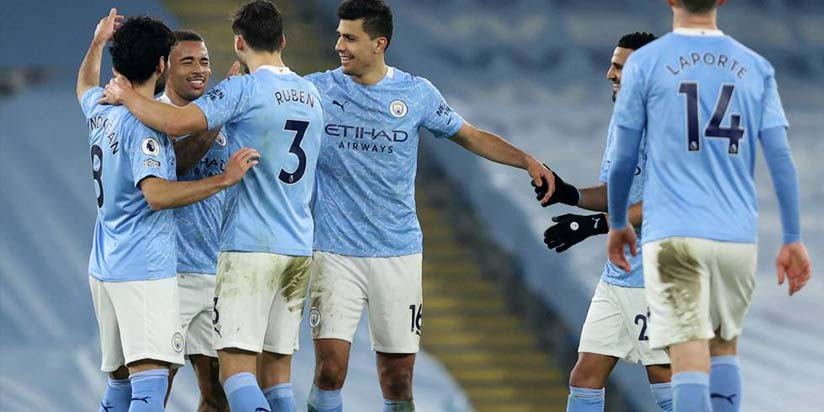 Manchester City Face Manchester United Test On March Towards History