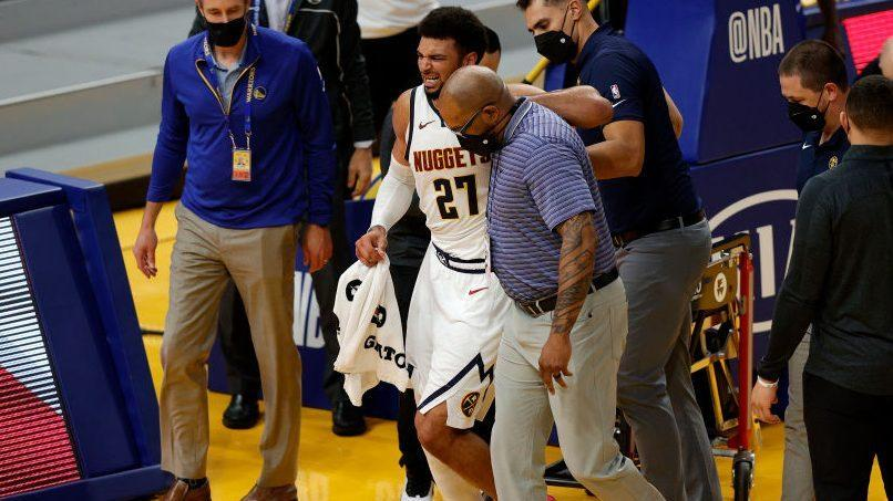 Nuggets-Jamal-Murray-leaves-game-with-scary-non-contact-knee-injury