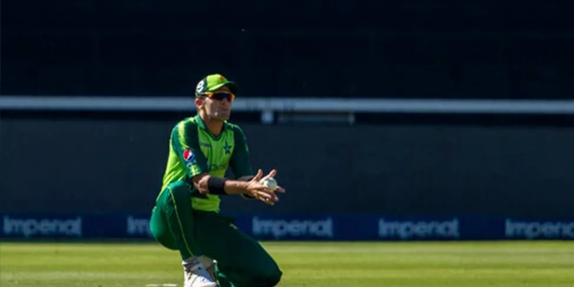 Seamers put Pakistan in control of first test v Zimbabwe