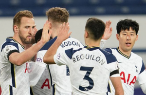 Kane double earns Spurs 2-2 draw at Everton