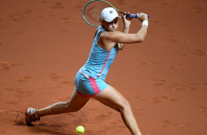 Barty blasts into Stuttgart quarter-finals