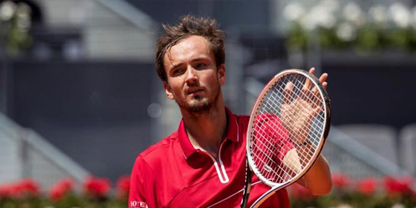 Medvedev tames claycourt demons to advance in Madrid