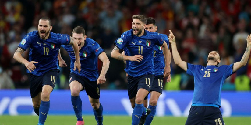 Italy reach final to continue storming comeback from World Cup failure