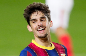 Wolves sign winger Francisco Trincao on loan from Barcelona with option to buy
