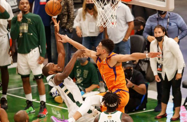 Bucks rally to defeat Suns, level NBA Finals series at 2-2
