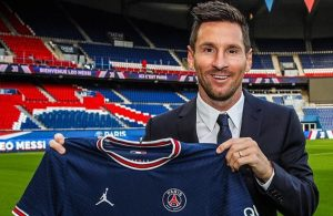 Lionel Messi joins Paris Saint-Germain on two-year deal after Barcelona exit