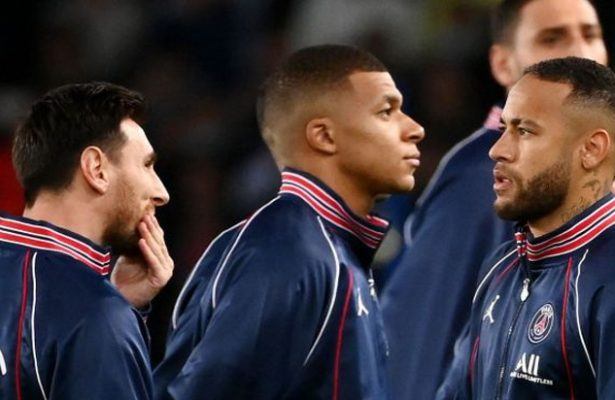 Mbappe not ruling out PSG stay, clears the air with Neymar